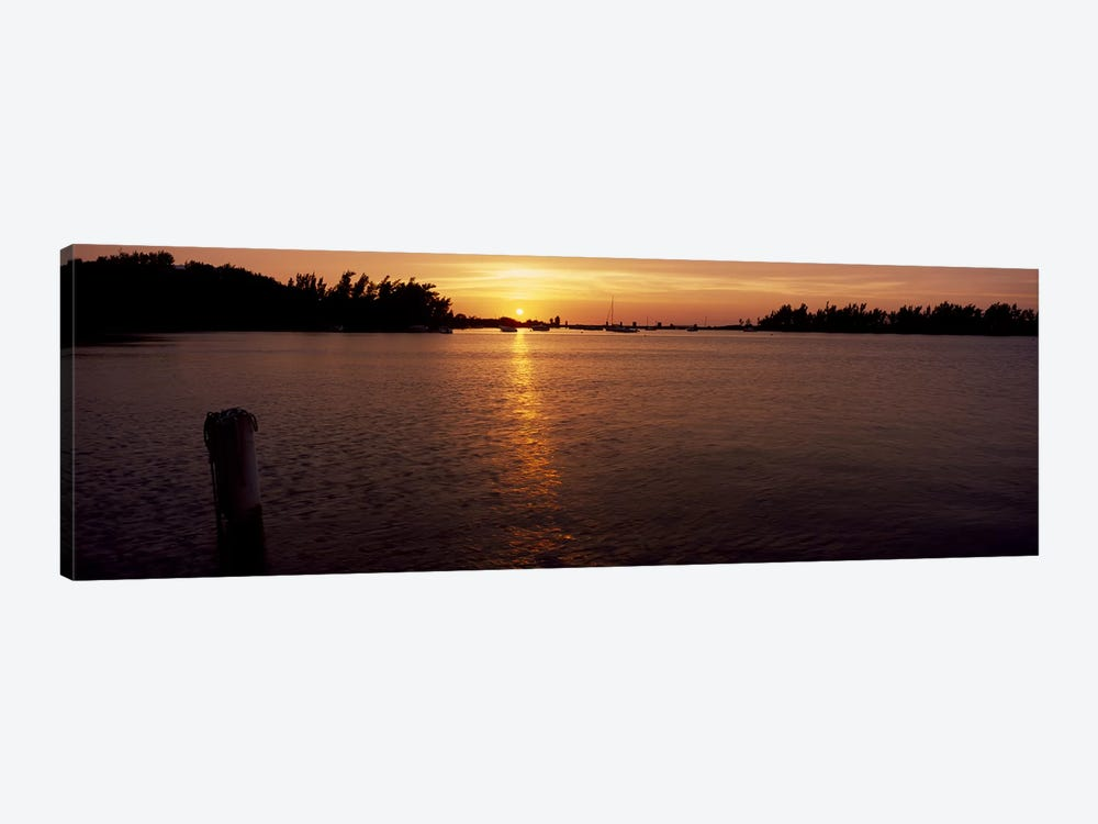 Sunrise over the sea, Bermuda by Panoramic Images 1-piece Canvas Artwork