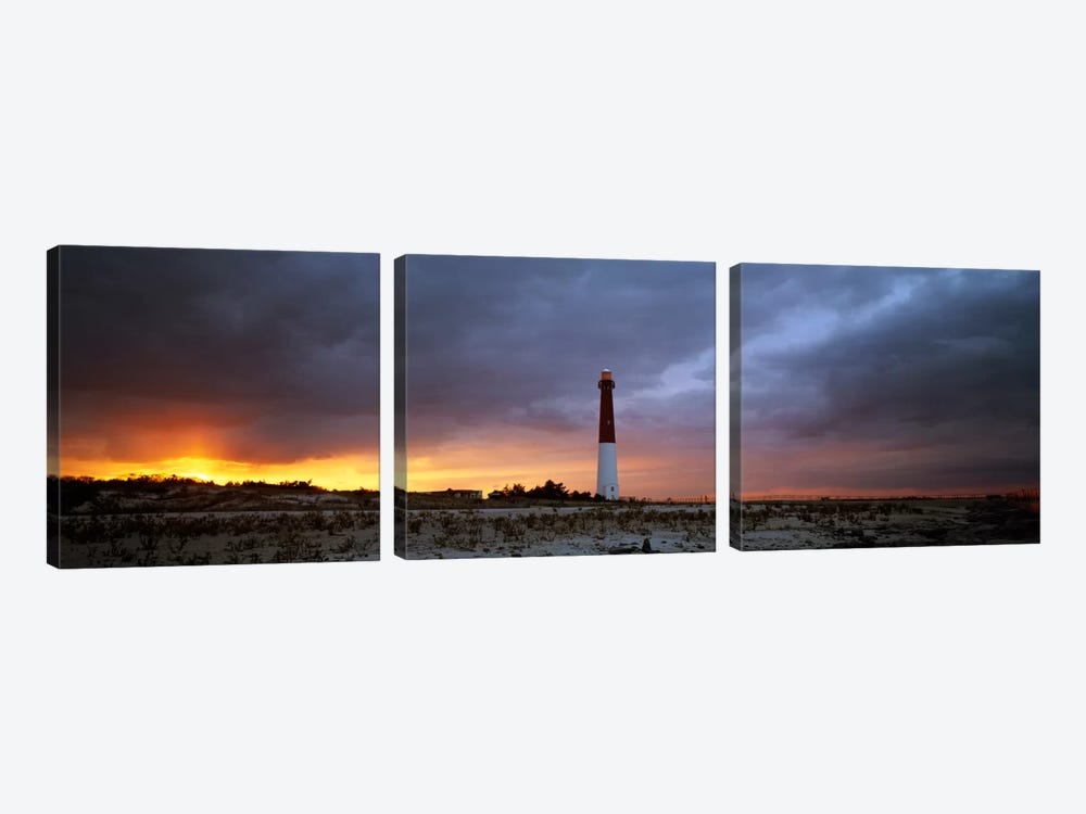 Barnegat Light (Old Barney), Barnegat Lighthouse State Park, Long Beach Island, Ocean County, New Jersey, USA by Panoramic Images 3-piece Canvas Art Print