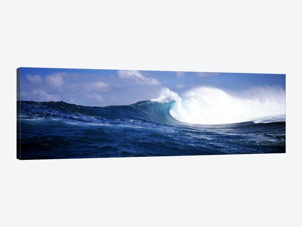 Close-Up Of A Breaking Ocean Wave by Panoramic Images 1-piece Canvas Art