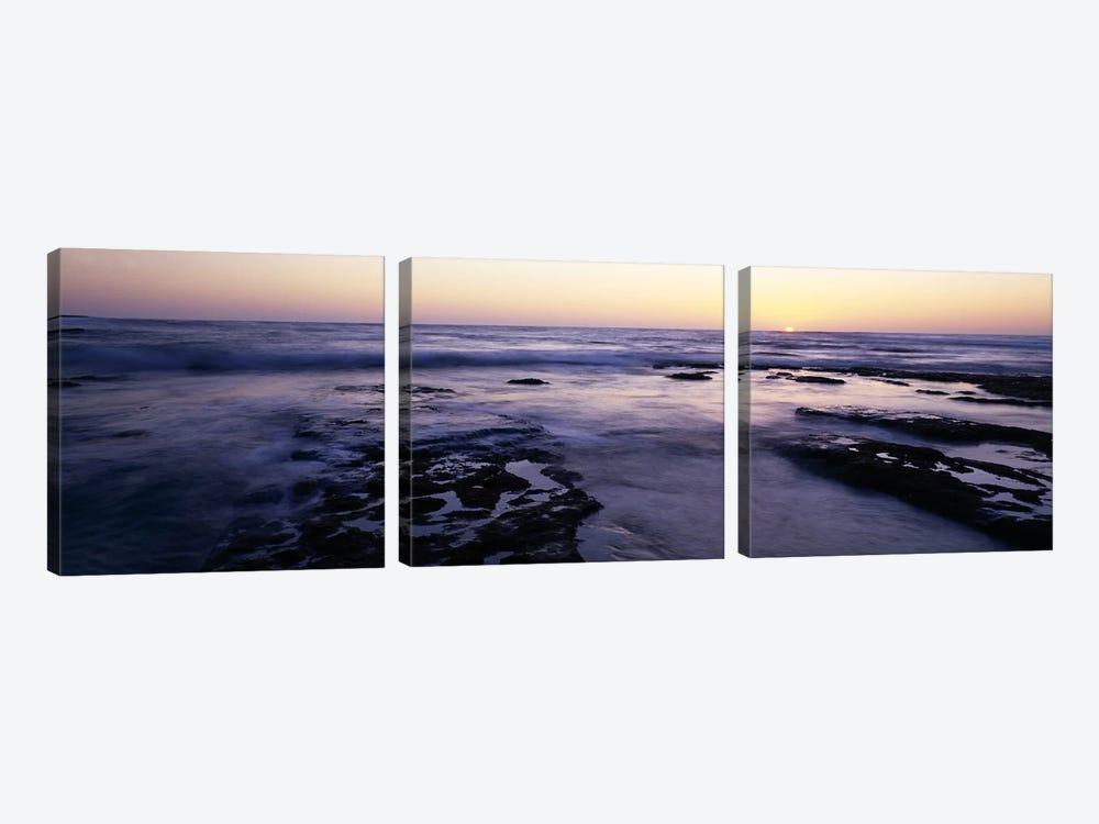 Waves in the seaChildren's Pool Beach, La Jolla Shores, La Jolla, San Diego, California, USA by Panoramic Images 3-piece Art Print