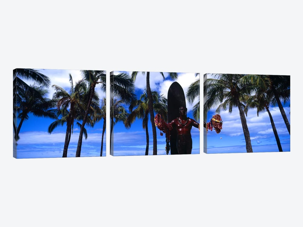Statue of Duke Kahanamoku, Duke Kahanamoku Statue, Waikiki Beach, Honolulu, Oahu, Hawaii, USA by Panoramic Images 3-piece Canvas Artwork