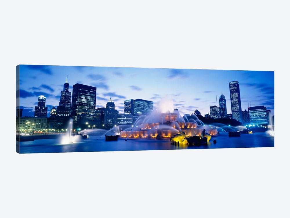 Buckingham Fountain At Twilight, Grant Park, Chicago, Illinois, USA by Panoramic Images 1-piece Canvas Print