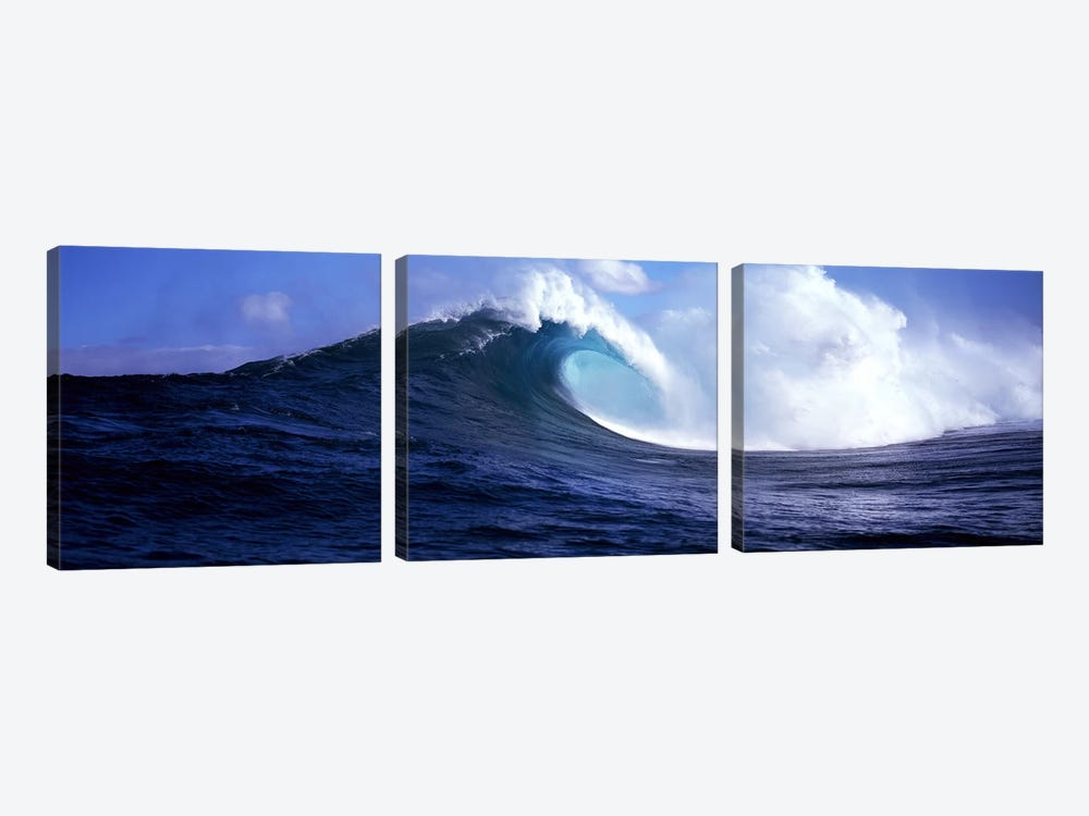 A Plunging Breaker, Near Maui, Hawaii, USA by Panoramic Images 3-piece Canvas Art Print