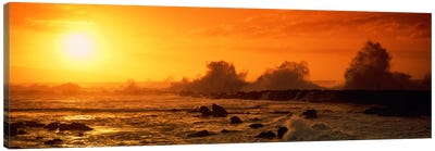 Waves breaking on rocks in the oceanThree Tables, North Shore, Oahu, Hawaii, USA Canvas Art Print