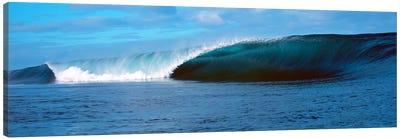 Waves splashing in the sea Canvas Print #PIM9075