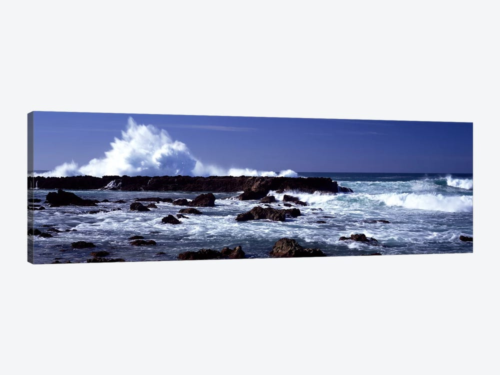 Waves breaking on the coast by Panoramic Images 1-piece Canvas Art