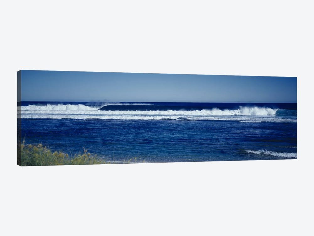 Waves in the sea by Panoramic Images 1-piece Canvas Wall Art