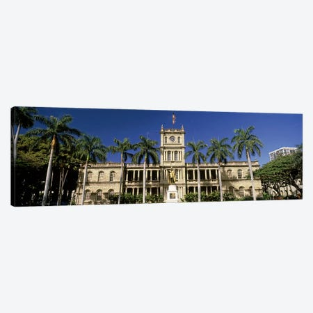 Facade of a government building, Aliiolani Hale, Honolulu, Oahu, Honolulu County, Hawaii, USA Canvas Print #PIM9179} by Panoramic Images Canvas Wall Art
