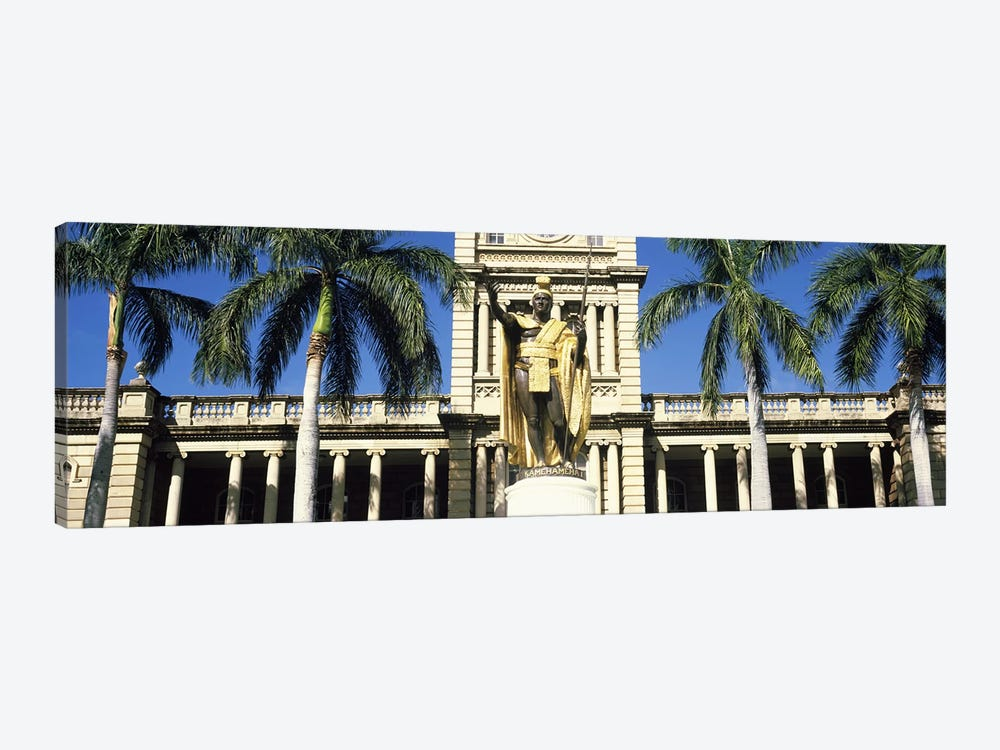 Statue of King Kamehameha in front of a government building, Aliiolani Hale, Honolulu, Oahu, Honolulu County, Hawaii, USA by Panoramic Images 1-piece Canvas Wall Art