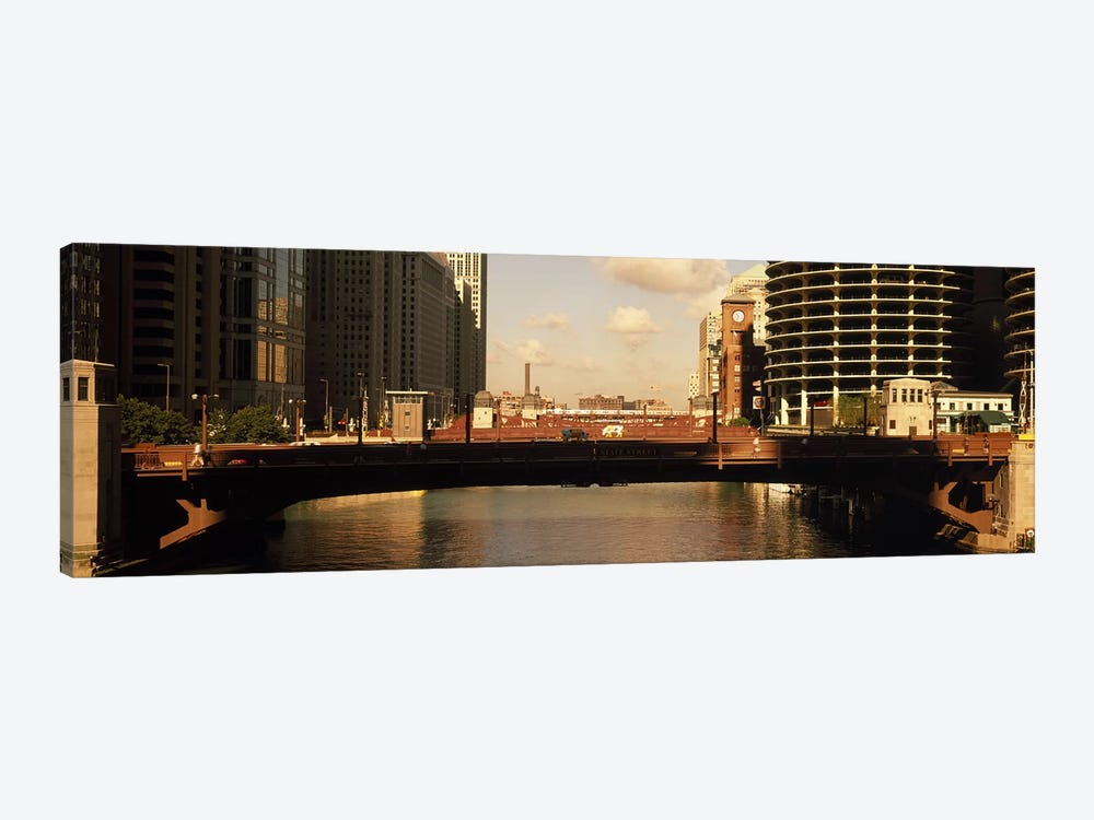 Buildings at the waterfront, Marina Towers, Chicago River, Chicago, Cook County, Illinois, USA by Panoramic Images 1-piece Canvas Art Print