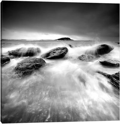 Waves On Rocks I Canvas Print #PIS164