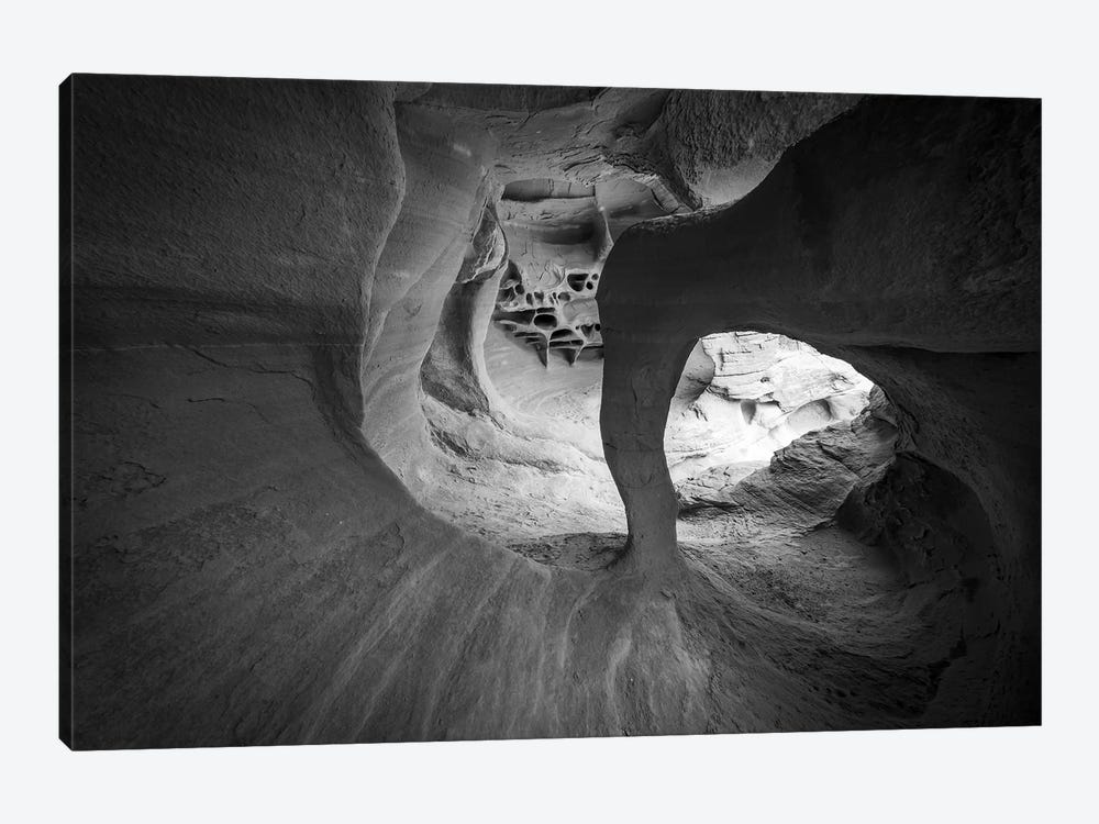 Windstone Arch (Fire Arch), Valley of Fire State Park, Nevada, USA. by Russ Bishop 1-piece Art Print