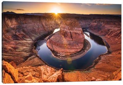 Sunset over Horseshoe Bend and the Colorado River, Glen Canyon National Recreation Area, Arizona, USA. Canvas Art Print