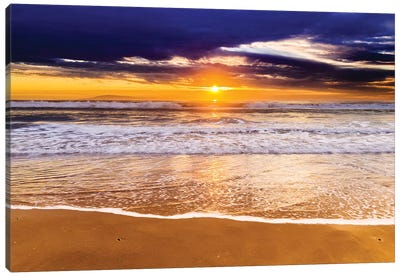 Sunset over the Channel Islands from San Buenaventura State Beach, Ventura, California, USA I Canvas Art Print
