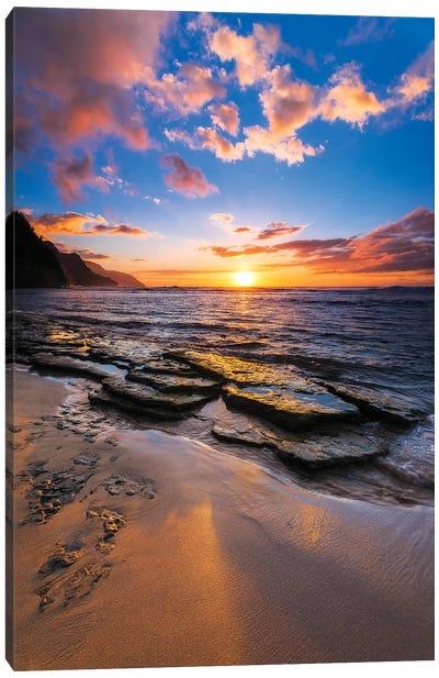 Sunset over the Na Pali Coast from Ke'e Beach, Haena State Park, Kauai, Hawaii, USA II Canvas Art Print