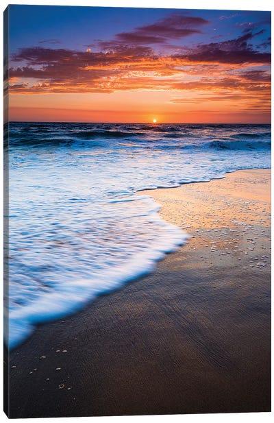 Sunset over the Pacific Ocean from Ventura State Beach, Ventura, California, USA Canvas Art Print