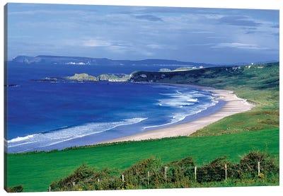 Northern Ireland, County Antrim, Whitepark Bay. Whitepark Bay Cuts Into The Deep Green Of The Antrim Coast, Northern Ireland. Canvas Art Print