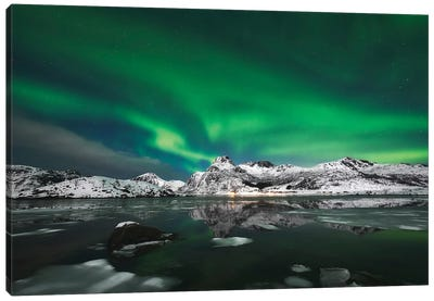 Aurora Borealis - Lofoten Canvas Art Print
