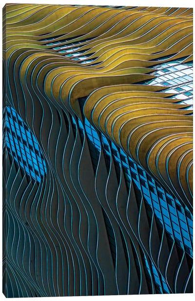 Aqua Building, Chicago Canvas Art Print