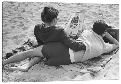 Couple On Beach (NYC, 1947) Canvas Art Print