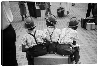 Boys On Suitcase (Penn Station NYC ,1948) Canvas Art Print