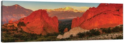 Sunrise At Garden Of The Gods Canvas Art Print