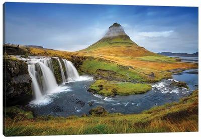 Kirkjufell Waterfall I Canvas Art Print