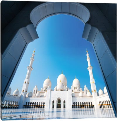 Sheikh Zayed Grand Mosque I Canvas Art Print