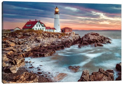 Cape Elizabeth Lighthouse On A Stormy Morning Canvas Art Print
