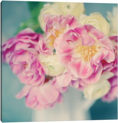 Blushing Blooms I Canvas Art Print
