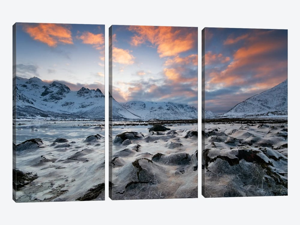 Cold Morning by Andreas Stridsberg 3-piece Art Print