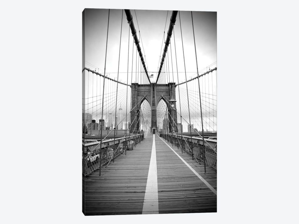 Brooklyn Bridge With Flag II by Susan Vizvary 1-piece Canvas Wall Art