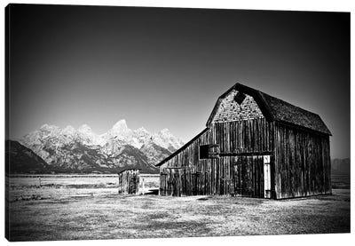 Grand Tetons Barn In Black And White Canvas Art Print