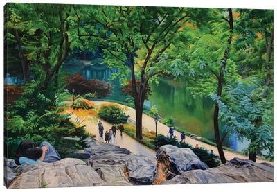 Lovers In Central Park Canvas Art Print