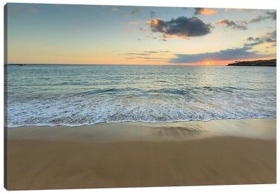 Hulopo'e Beach Park, Lanai Island, Hawaii, USA Canvas Art Print