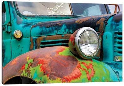 USA, Washington State, Old Colorful Field Truck in field Canvas Art Print