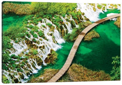Boardwalk and Waterfalls in the Parco Nazionale dei laghi di Plitvice Canvas Art Print