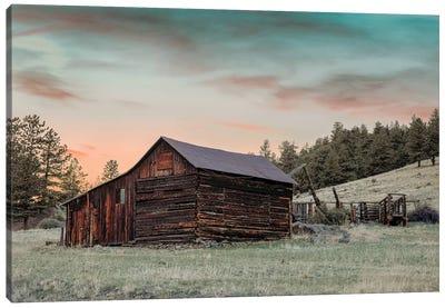 Colorado Barn And Pens At Sunset Canvas Art Print