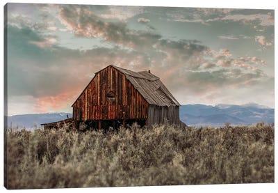 Colorado Barn At Sunset Canvas Art Print
