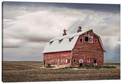Red Iowa Barn Canvas Art Print
