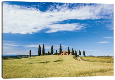 Beautiful Tuscan House, Val d'Orcia, Tuscany, Italy Canvas Art Print