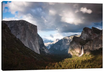 Sunset Over Yosemite Canvas Art Print