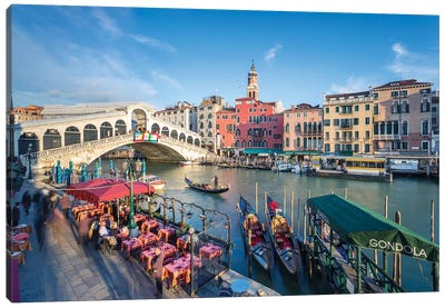 Rialto Bridge, Venice Canvas Art Print