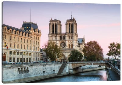 Notre Dame Sunset II Canvas Art Print