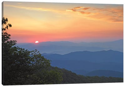 Sunset Over The Pisgah National Forest From The Blue Ridge Parkway, North Carolina I Canvas Art Print