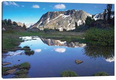 Wasco Lake, Twenty Lakes Basin, Sierra Nevada Mountains, California Canvas Art Print