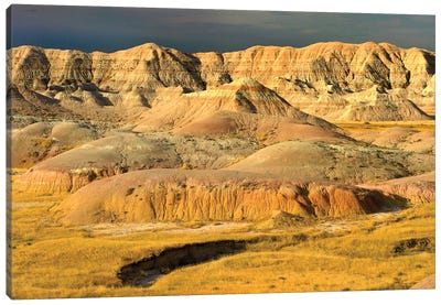 Eroded Buttes Showing Layers Of Sedimentary Rock, Badlands National Park, South Dakota Canvas Art Print