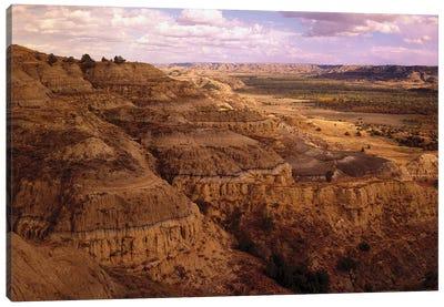 Badlands In Theodore Roosevelt National Park, North Dakota Canvas Art Print