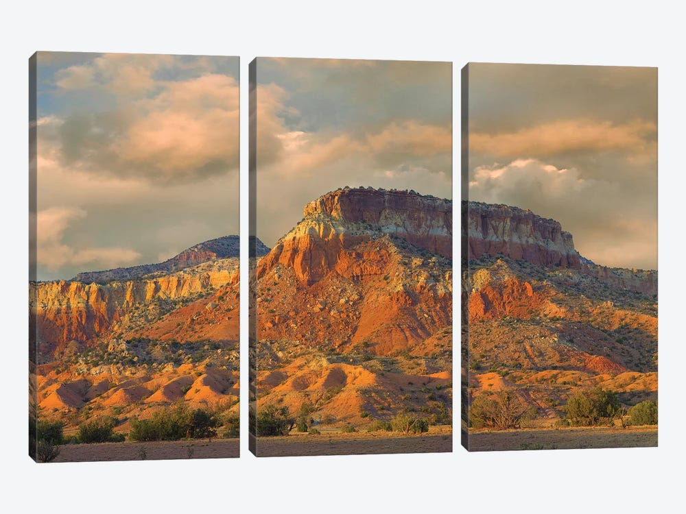 Sandstone Butte Showing Sedimentary Rock Layers, New Mexico 3-piece Canvas Art