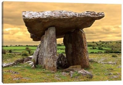 Poulnabrone Dolmen. Burren. County Down. Ireland. Burren National Park. Poulnabrone Portal Tomb In Karst Landscape. Canvas Art Print